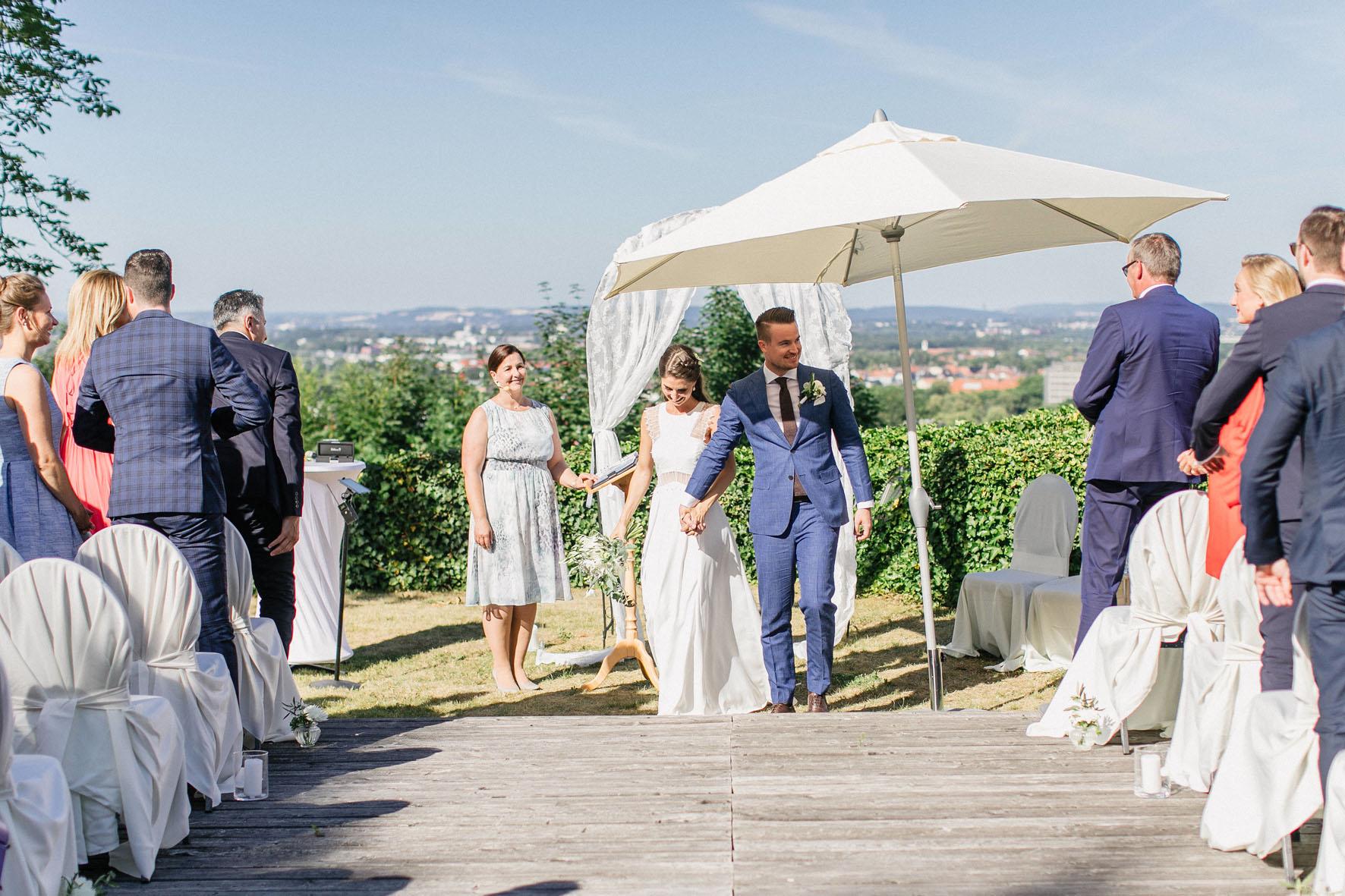 Hochzeitsrednerin Doreen Werding - Der Brautpaarauszug