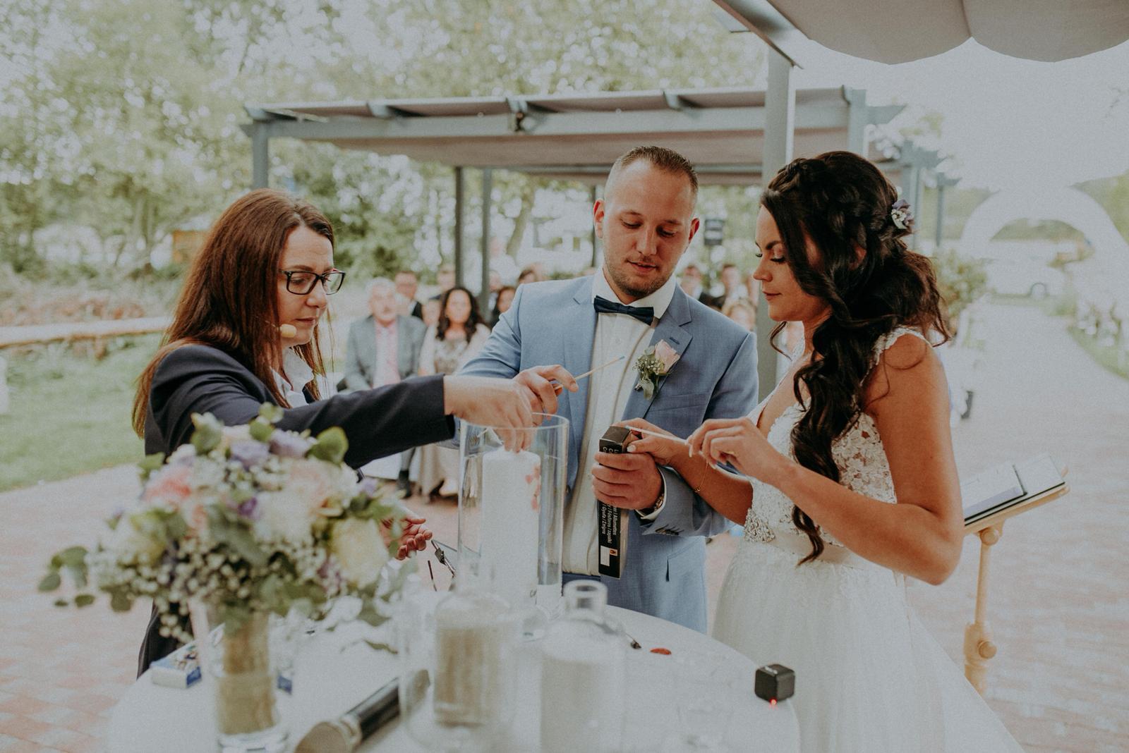 Hochzeitsrednerin Doreen Werding - Kerzenritual