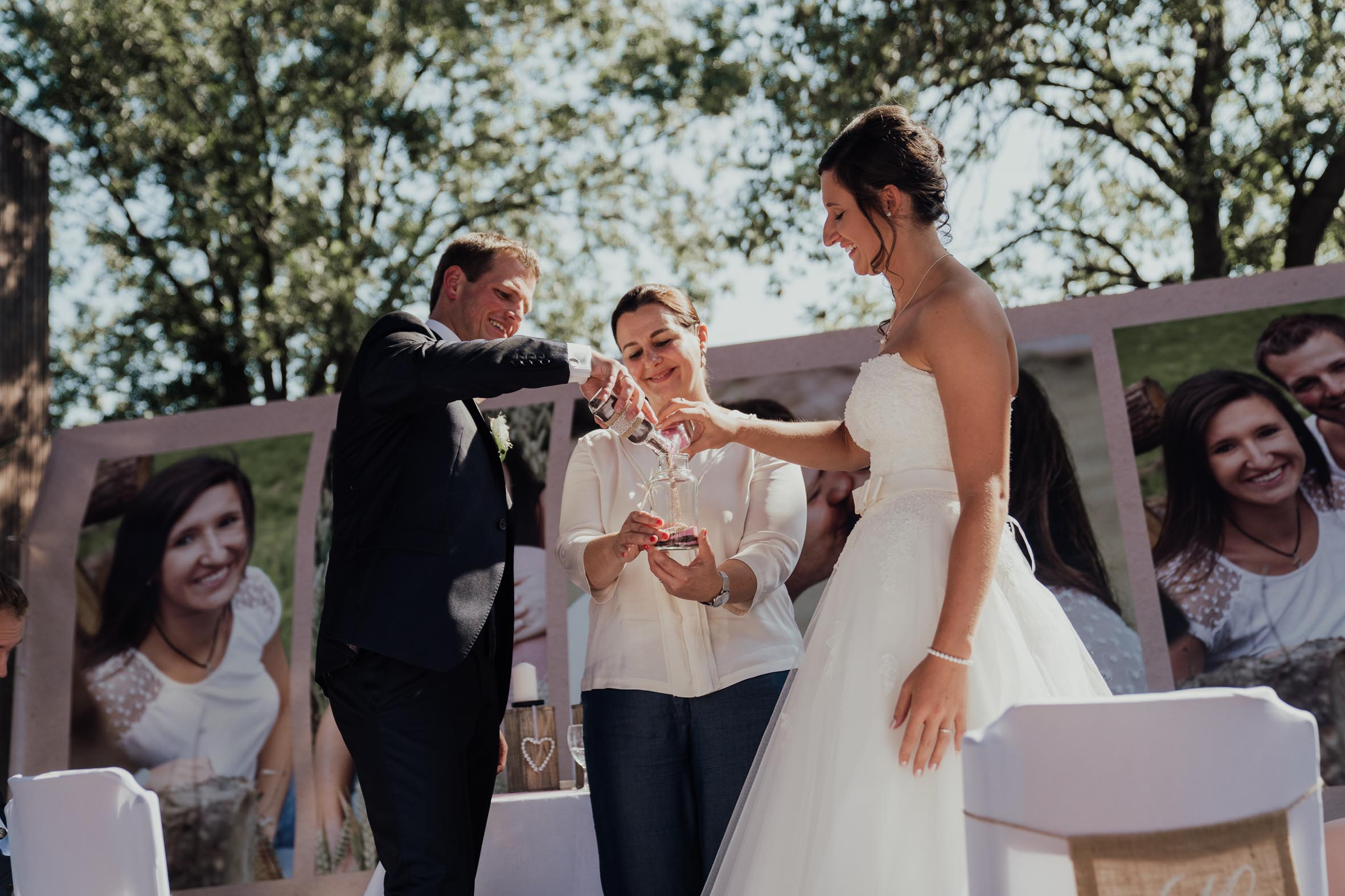 Hochzeitsrednerin Doreen Werding - Das Sandritual
