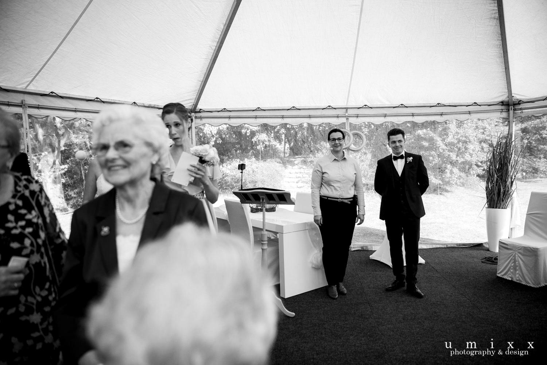 Hochzeitsrednerin Doreen Werding - Warten auf die Braut