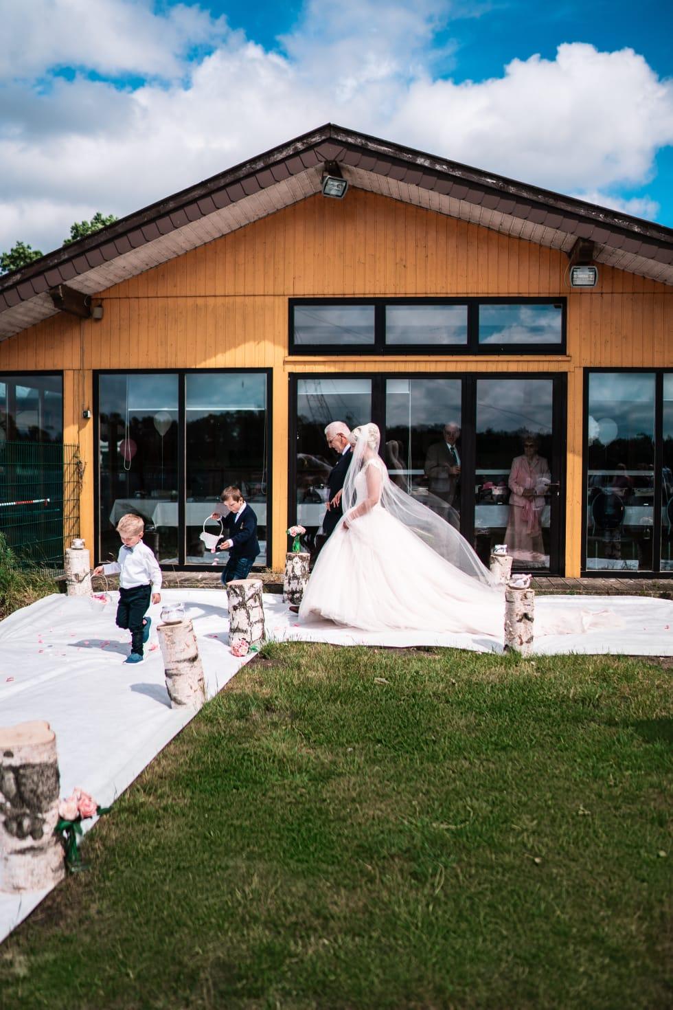 Hochzeitsrednerin Doreen Werding - Brauteinzug