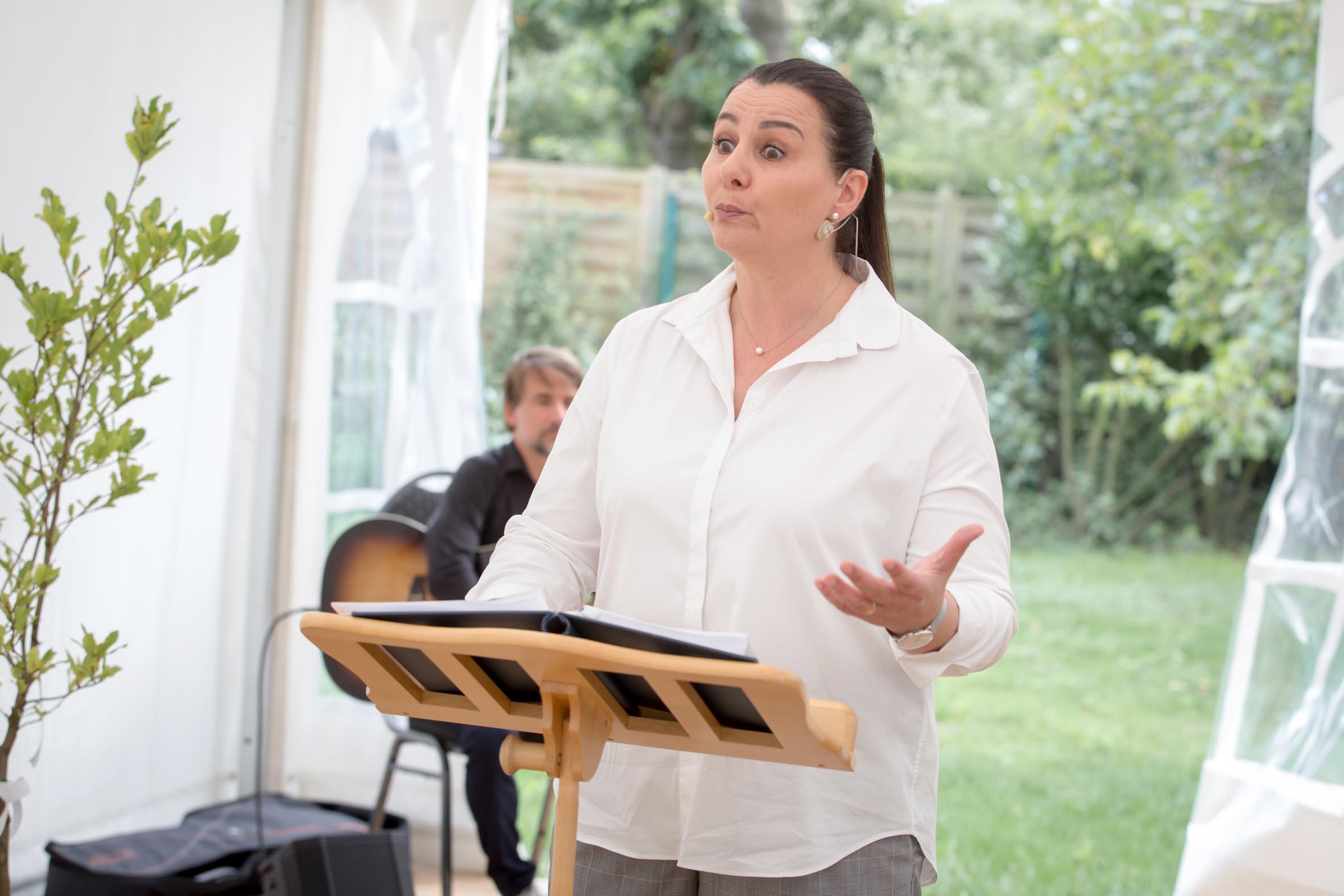 Hochzeitsrednerin Doreen Werding - Die Spannung steigt