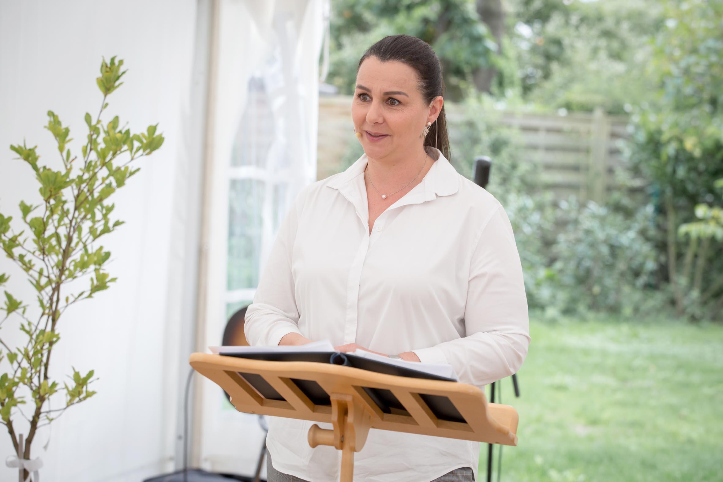 Hochzeitsrednerin Doreen Werding - Ritualeinführung